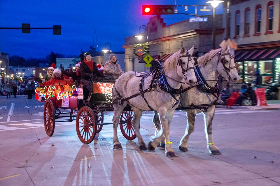 Photo by Ray Cote, 2018 Christmas Parade Horse Drawn Carriage